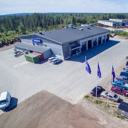 Kuorma-automyynti, -huolto ja -korjaamo Rovaniemellä