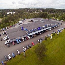 Kuorma-automyynti, -huolto ja -korjaamo Kajaanissa