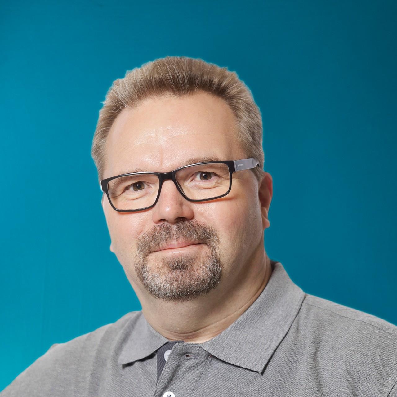 Kuorma-automyyjä Mikael Eriksson